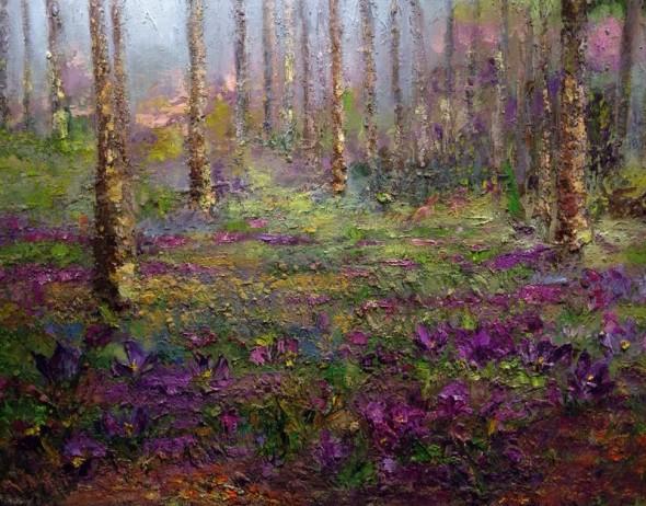 bosque con flores lilas