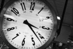 <a href='https://www.artistasdelatierra.com/obra/109372-%C2Tienes-hora.html'>¿Tienes hora? » Carmen Barcia Robles<br />+ más información</a>