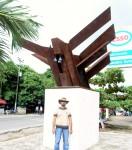Obras de arte: America : Colombia : Bolivar : cartagenadeindias : Paz, amor, libertad