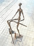 Obras de arte: Europa : España : Catalunya_Tarragona : Reus : STAIRS MAN