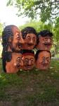 mascarones caricaturescos