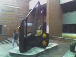 Obras de arte: America : Colombia : Santander_colombia : Bucaramanga : CORTE DE CONSTRUCCION AL VIENTO